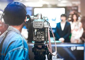 テレビ東京「WBSワールドビジネスサテライト」で『個人間売買の特集』で仲介手数料無料のREDSが紹介されました