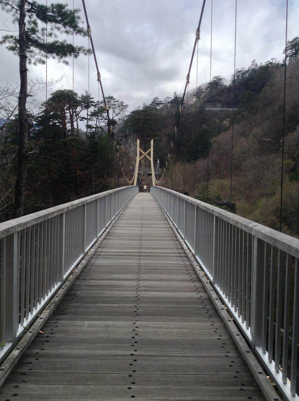 渡らっしゃい吊橋3