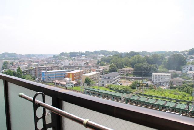 鶴川駅すぐ目の前! 利便性と資産価値にこだわったマンションに住み替え_02