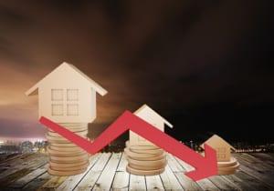 不動産価格の下落は必至か。2つのデータから読み解く【REDSエージェントの不動産コラム】